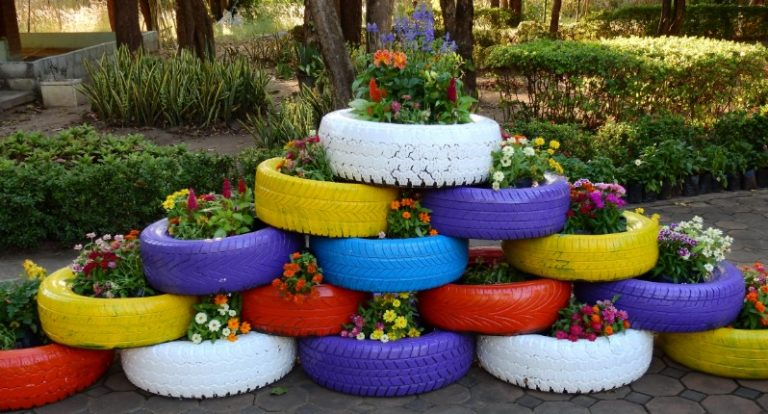 25 Inspiring Tire Planters Ideas to Add to your Outdoor Living Space