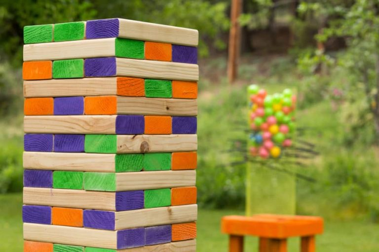 Best Giant Jenga Set Games for Your Garden or Outdoor Area