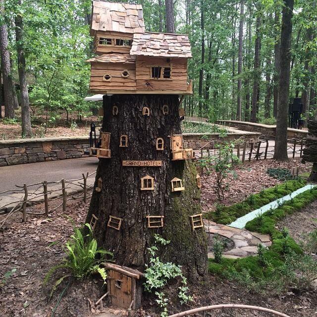Make a Tree stump Playset