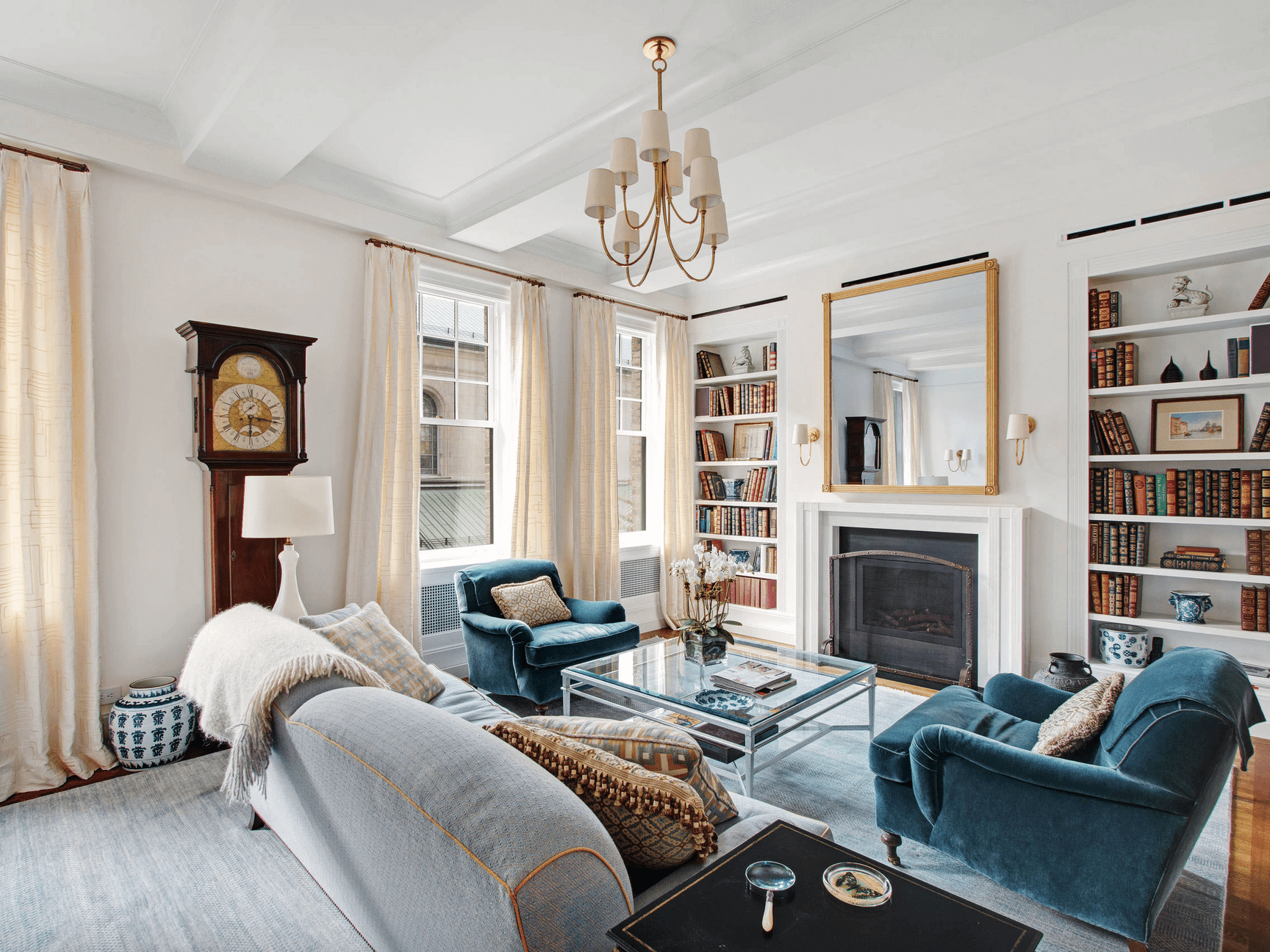 17 Living Rooms with Fireplace and TV That You Have to Check Out!
