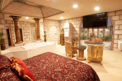 11 Egyptian Bedroom Ideas You Will Love