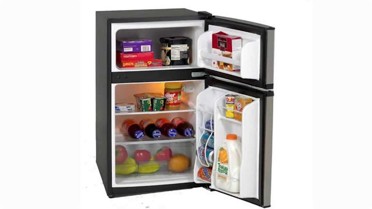 Avanti 2-Door Refrigerator