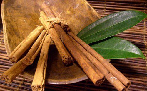 Bay Leaves or Cinnamon rolls