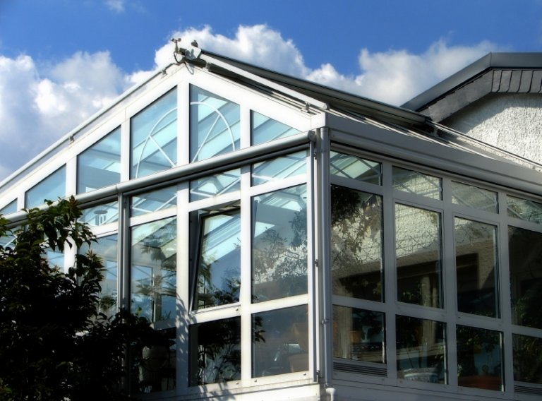 How to Build A Sunroom with The Help of a Sunroom Kit