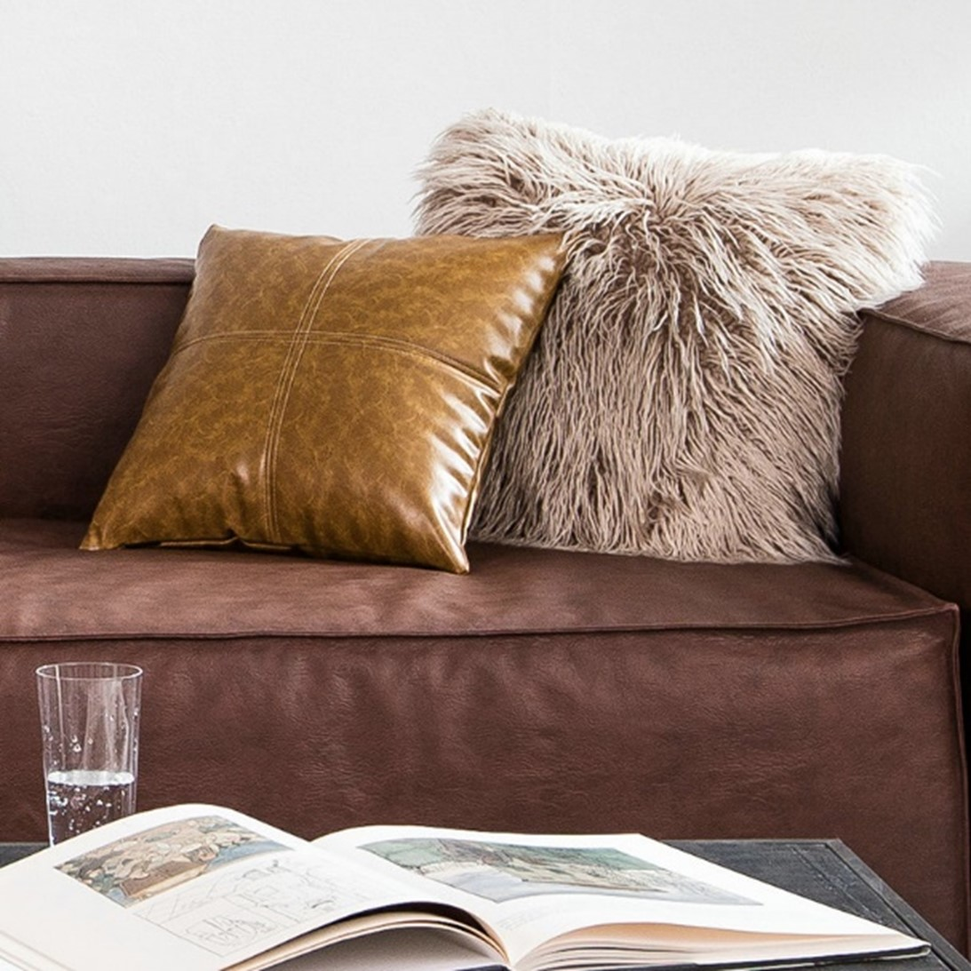 Oversized Pillows Are the Talking Trends