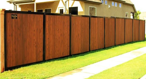 Why Do You Need Metal Posts with Your Wooden Fence