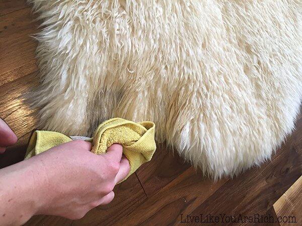 Steps to Dry Your Sheepskin Rug